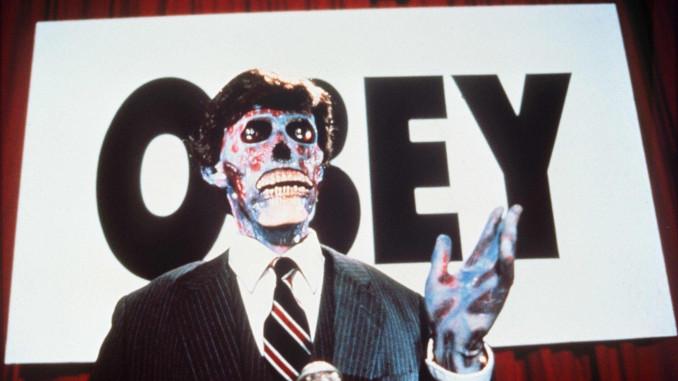 Un'immagine del film Essi vivono di John Carpenter