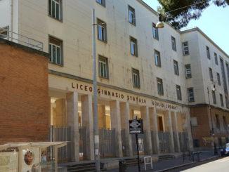 La facciata del liceo Giulio Cesare di Roma