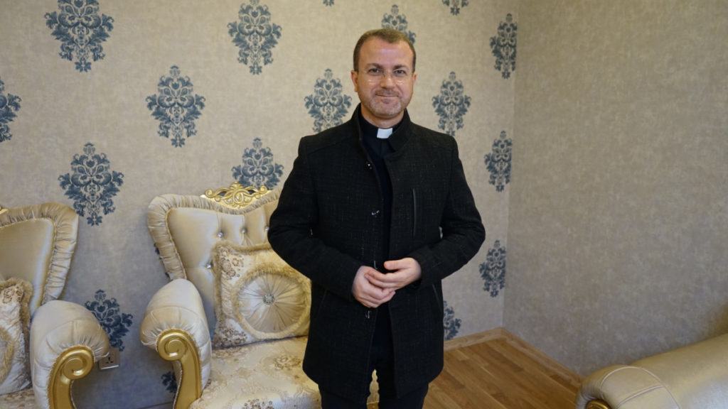 Padre Behnam Benoka