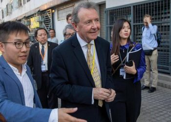 Lord David Alton monitora le elezioni a Hong Kong nel 2019