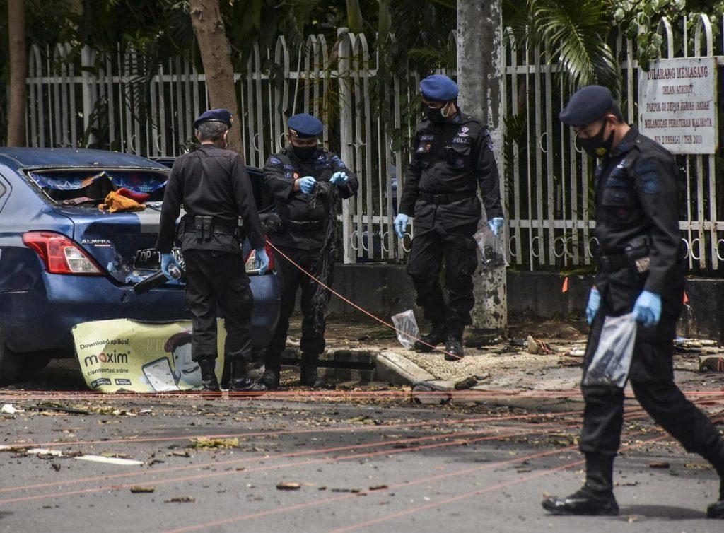 Indonesia attentato chiesa domenica delle palme