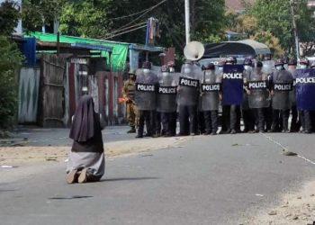 myanmar proteste suora