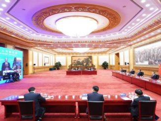 Xi Jinping partecipa al summit sul cima di Biden in videoconferenza dalla Cina