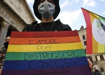 Una manifestazione in Italia a favore del ddl Zan