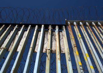 Una parte del muro che separa gli Stati Uniti dal Messico e che impedisce ai migranti di entrare