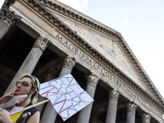 omofobia, manifestazione a Roma