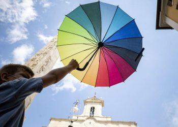 Una manifestazione a Roma per chiedere l'approvazione del ddl Zan