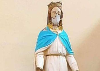 La statua della madonna di Batnaya, Iraq, dissacrata dall'Isis