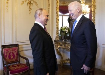 Joe Biden incontra Vladimir Putin per colloqui bilaterali