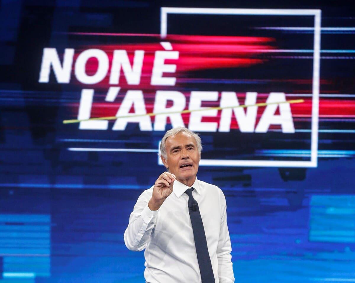 Massimo Giletti conduce la trasmissione ''Non è l'arena'' in onda su La7