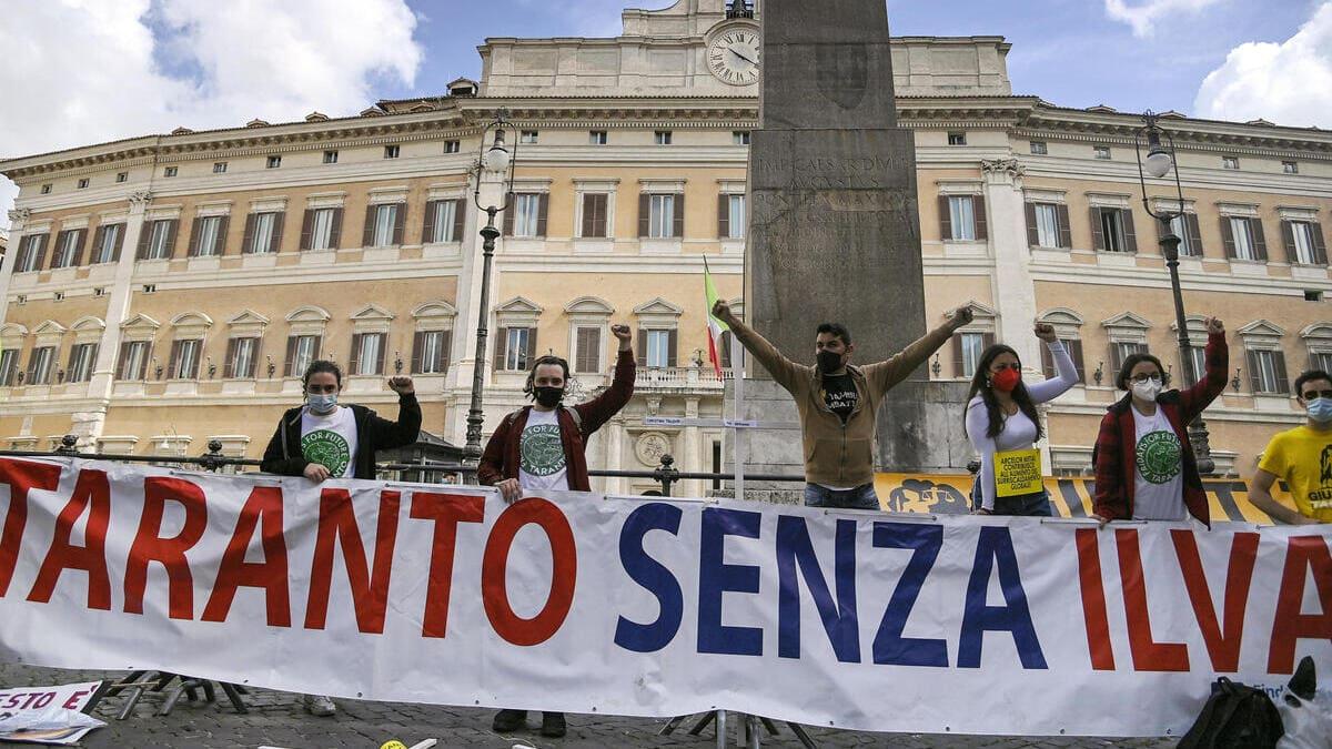 Una protesta contro l'Ilva a Roma