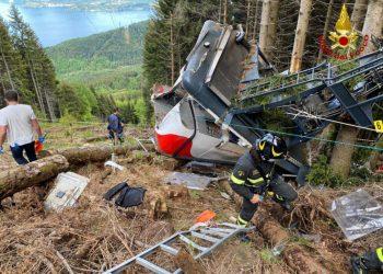 La cabina della funivia del Mottarone distrutta nell'incidente