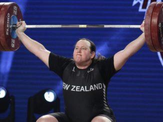 Laurel Hubbard, nato uomo, gareggerà alle Olimpiadi di Tokyo per la Nuova Zelanda