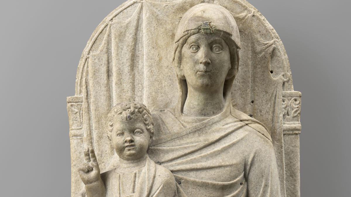 Particolare della Madonna in Trono con Bambino, opera di maestro veneziano-ravennate in mostra a Ravenna