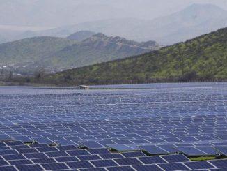 Distesa di pannelli solari in Cile