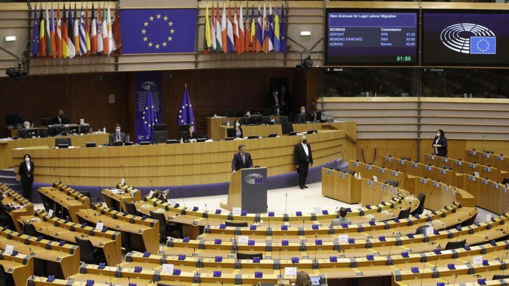 Una seduta del Parlamento europeo a Bruxelles