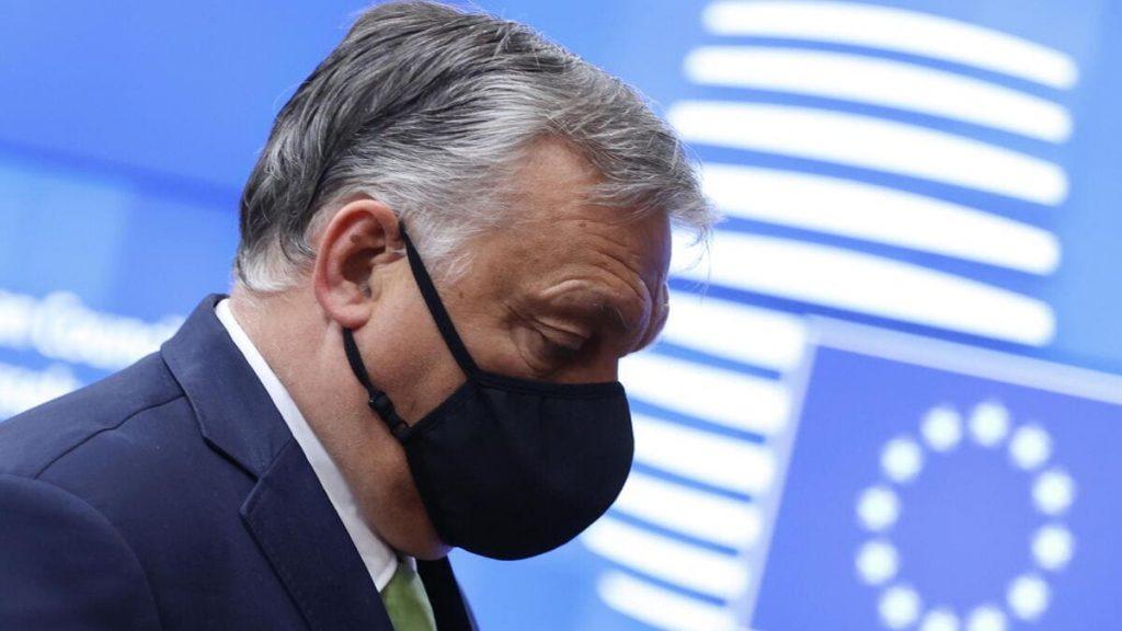 Viktor Orban, premier dell'Ungheria, arriva al Consiglio Europeo