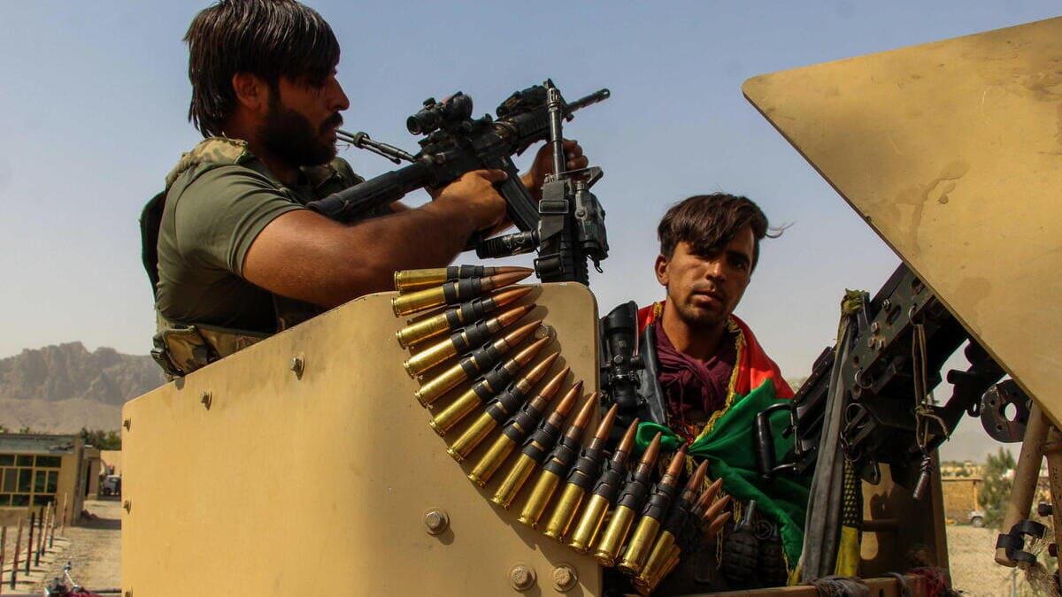 Le forze di sicurezza afghane presidiano il confine col Pakistan dopo che i talebani hanno preso il controllo del valico di Spin Boldak