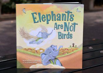 Copertina del libro Elephants are Not Birds, libro per bambini della casa editrice Brave Books
