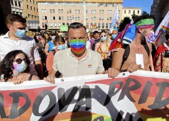 Alessandro Zan al Gay Pride di Padova