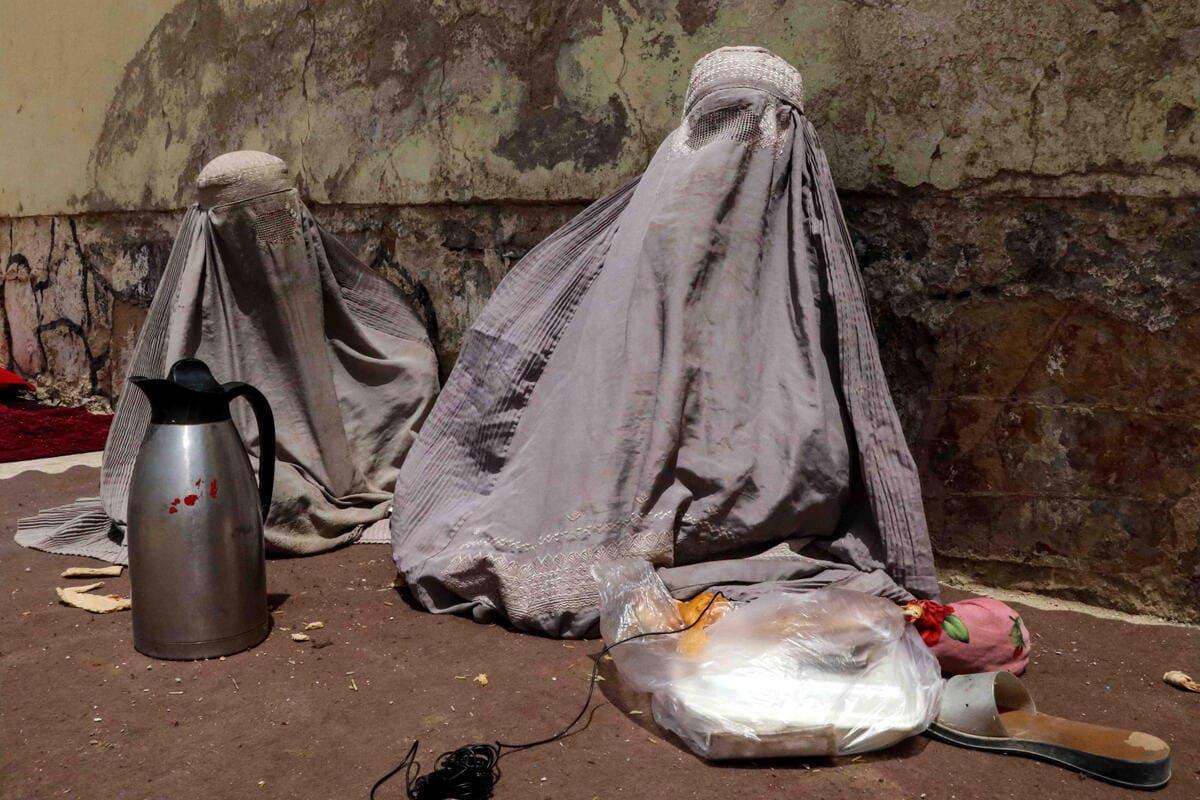 Afghanistan, donna con burqa