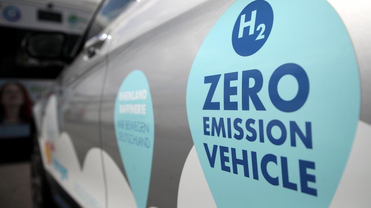 Una automobile alimentata a idrogeno verde