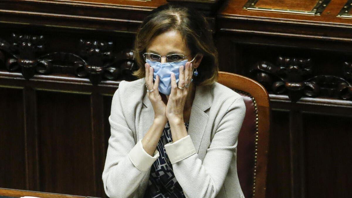 Il ministro della Giustizia, Marta Cartabia, durante la discussione della sua riforma alla Camera