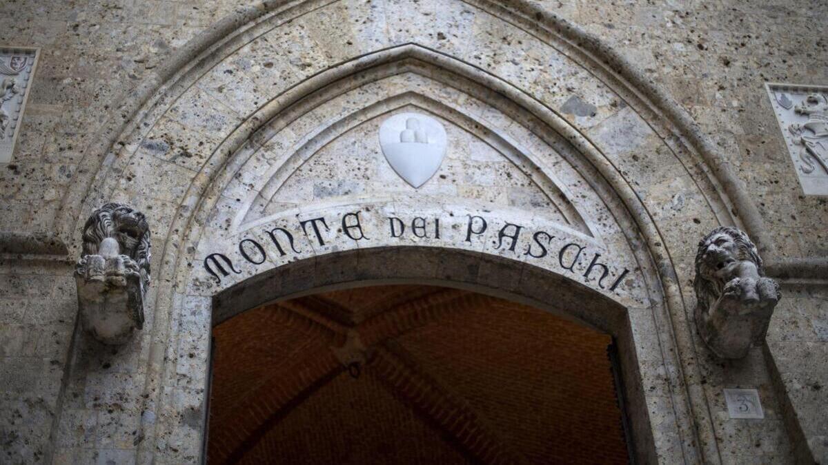 La storica sede della banca Mps a Siena