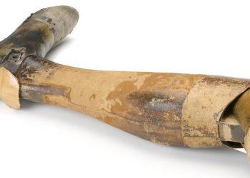 Protesi in legno per gamba