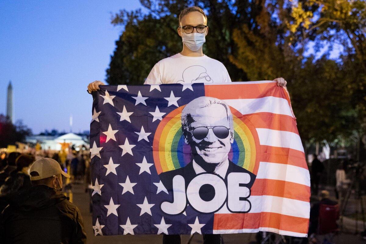Un sostenitore del presidente americano Joe Biden