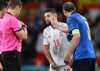 Giorgio Chiellini prima dei rigori contro la Spagna a Euro 2020 (foto Ansa)