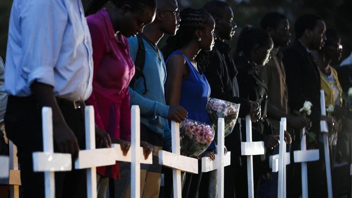 Cristiani in preghiera per le 148 vittime del massacro di Garissa