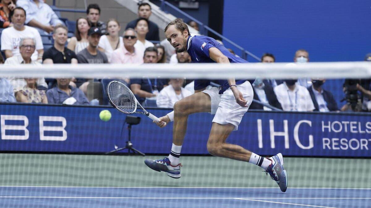 Daniil Medvedev durante la finale degli US Open vinta contro Novak Djokovic (foto Ansa)