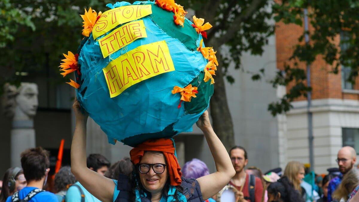 Protesta a Londra contro i cambiamenti climatici