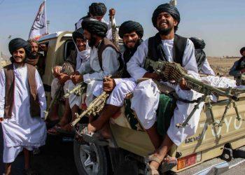 Talebani armati