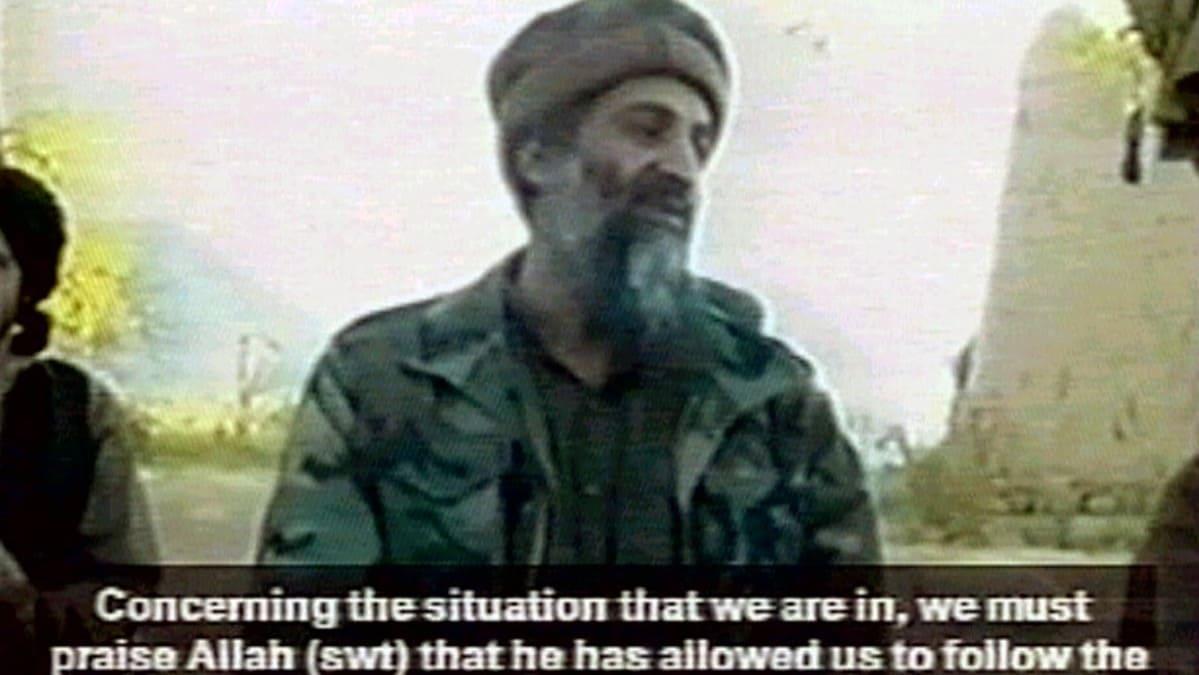 Osama Bin Laden in un fotogramma mandato in onda dal TG1 nel settembre 2001