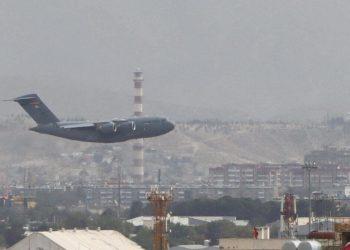 L'ultimo aereo americano parte da Kabul e lascia l'Afghanistan