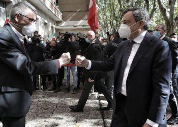 Maurizio Landini e Mario Draghi