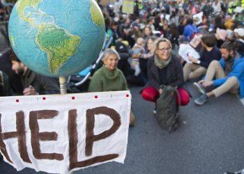 Protesta a favore del clima in vista della Cop26